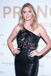 Kate Upton – Barcelona Photocall at the Pronovias Catwalk Show 04/28/2017
