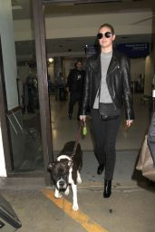 Kate Upton With Her Dog - Arrive in Los Angeles 4/10/2017