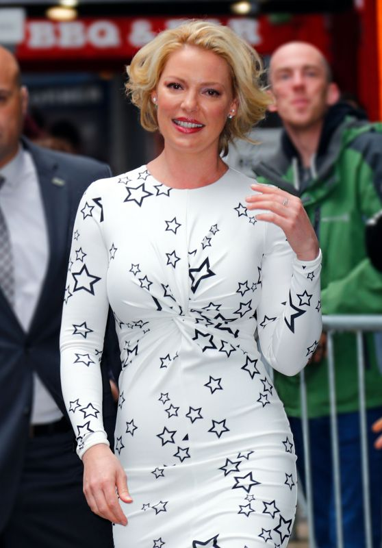 "Katherine Heigl at ""GMA"" in New York City 4/20/2017"