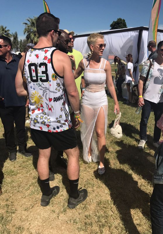 Katy Perry - Easter Sunday Coachella Brunch in Thermal, CA 4/16/2017