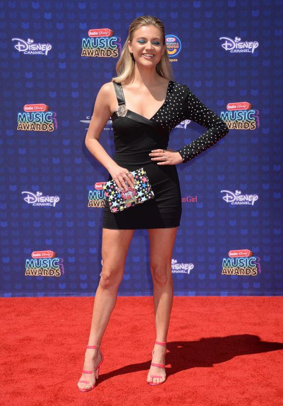 Kelsea Ballerini – Radio Disney Music Awards in Los Angeles 04/29/2017