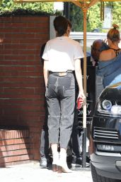 Kendall Jenner in Casual Attire - Heading to Lunch at Honor Bar in Beverly Hills 4/20/2017