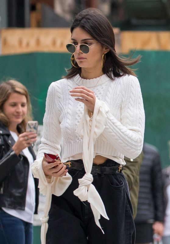 Kendall Jenner - Out and About in NYC 04/30/2017
