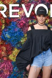 Kendall Jenner – REVOLVE Festival Day 2 at Coachella in Palm Springs 4/16/2017