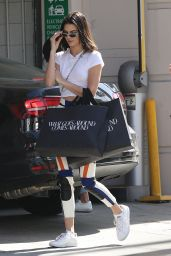 Kendall Jenner - Shopping in LA 4/17/2017