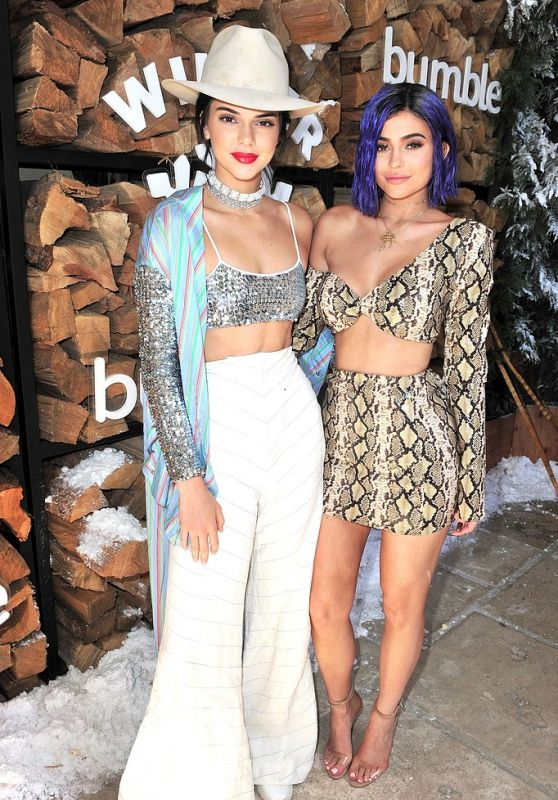 Kendall & Kylie Jenner - Winter Bumbleland Day 1 4/15/2017