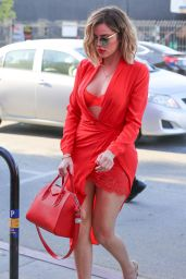 Khloe Kardashian Chic Outfit - Visiting the Vanderpump Dog Rescue Center in LA 4/21/2017