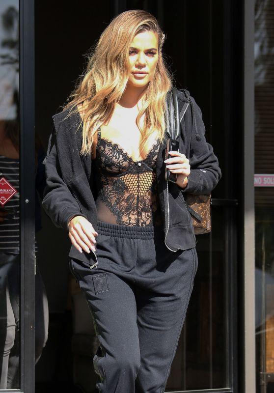 Khloe Kardashian Street Style - Out in Los Angeles, CA, 4/5/2017