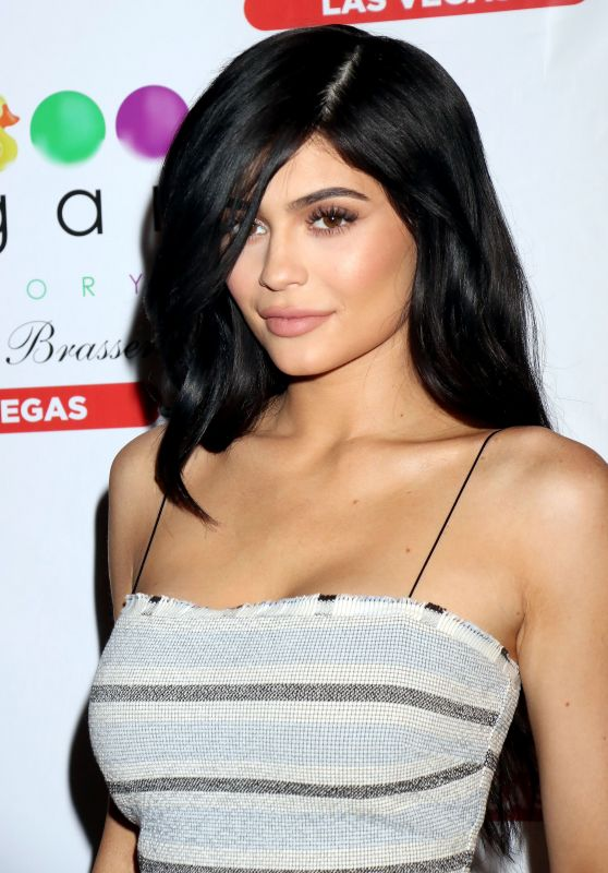 Kylie Jenner Latest Photos