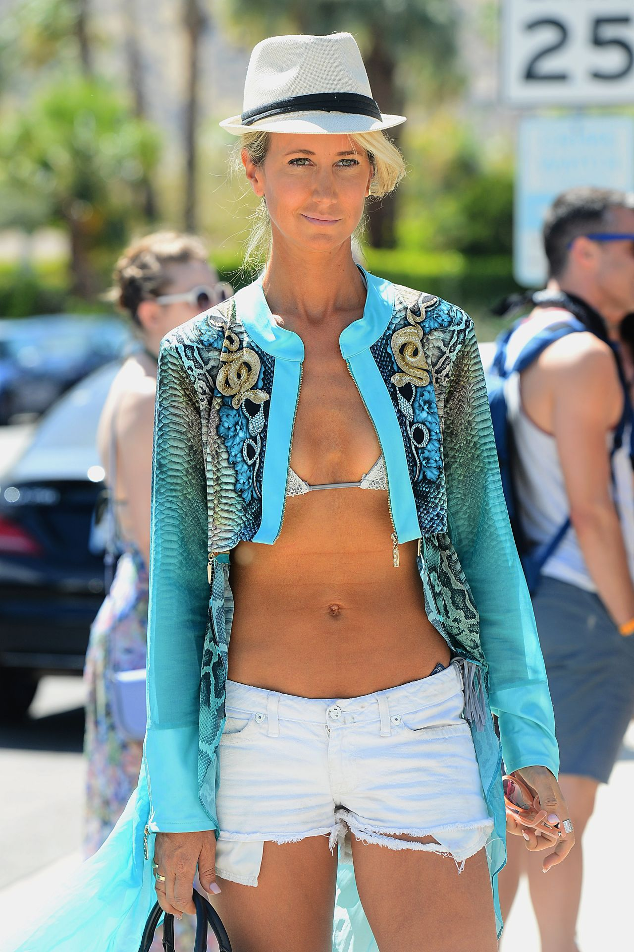 Lady Victoria Hervey naked (61 images) Tits, Twitter, in bikini