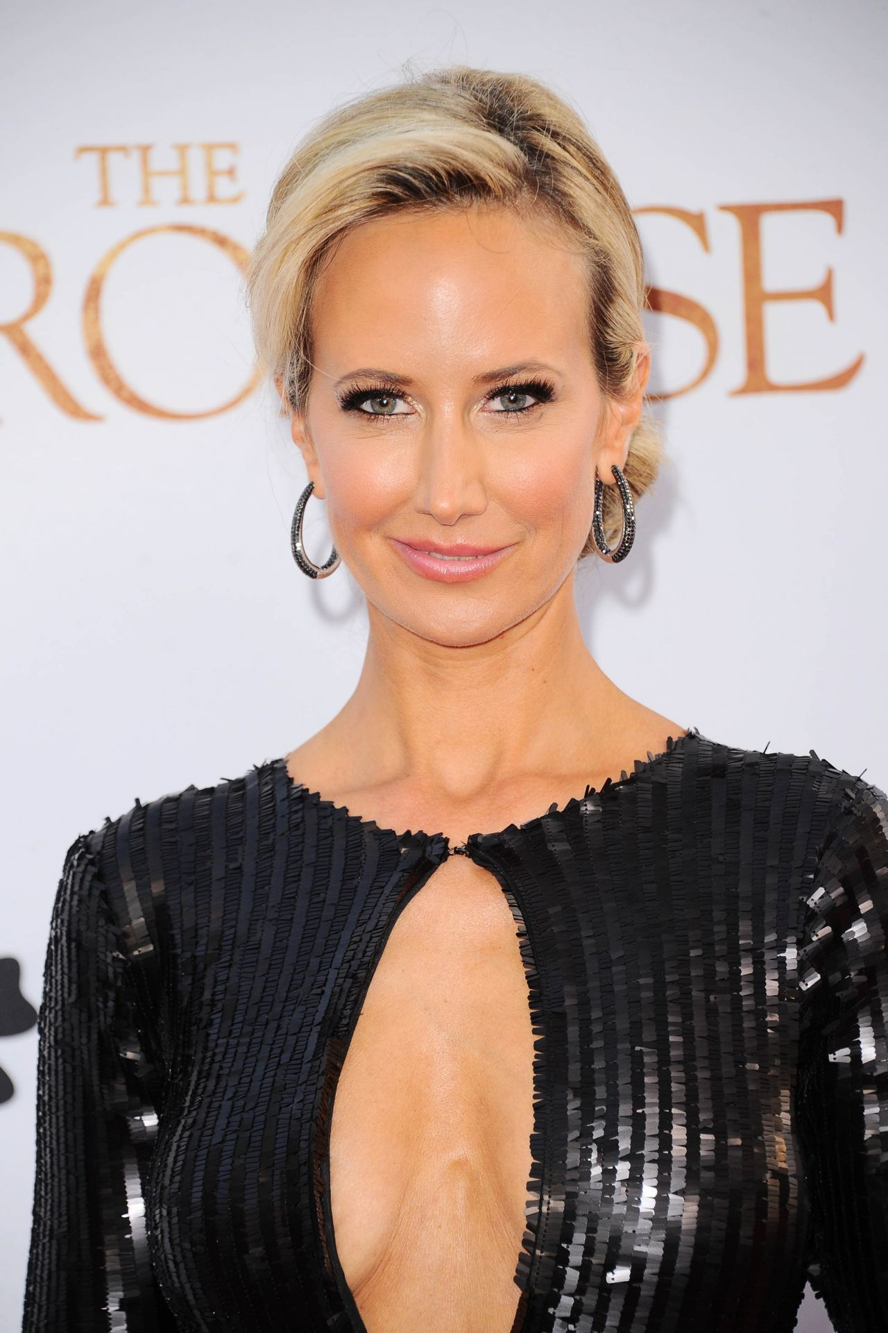 Lady Victoria Hervey Quot The Promise Quot Premiere In Los