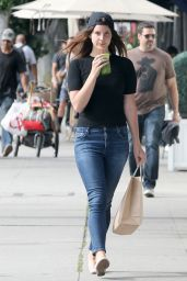 Lana Del Rey Street Style - Shopping in Hollywood 04/26/2017
