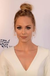 """Laura Vandervoort – """"To the Rescue!"""" Fundraising Gala in Los Angeles 4/22/2017"""