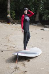 Lindsay Lohan Sporting a Burkini Whilst on holiday in Phuket, Thailand, March 2017