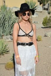 Lottie Moss - Party For Paper Magazine at Coachella in Indio 4/14/2017