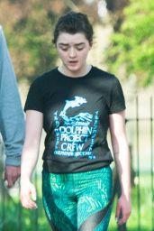 Maisie Williams - Goes Jogging in Hackney, London 4/6/2017
