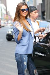 Maria Menounos Showing Off Her Trendy Style - New York 4/11/2017