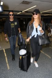Maria Menounos Travel Outfit - LAX Airport 4/3/2017