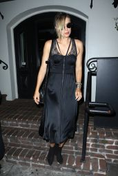 Maria Sharapova - Celebrated Her Birthday at A.O.C. in West Hollywood 4/15/2017