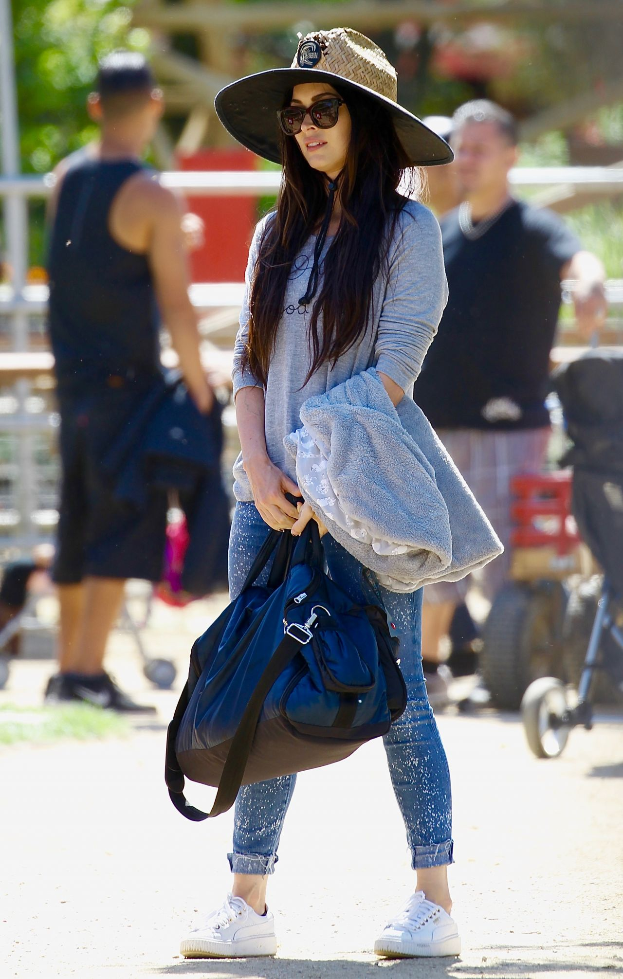 Megan Fox - Easter Egg Hunting at Underwood Family Farms in Moorpark, CA 4/11/2017