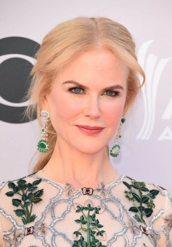 Nicole Kidman – Academy Of Country Music Awards 2017 in Las Vegas