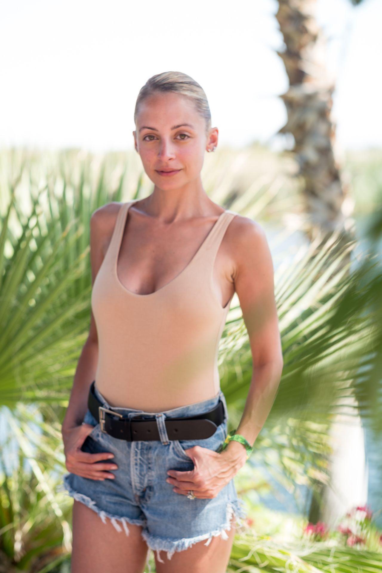 Nicole Richie Revolve Festival At Coachella In Palm