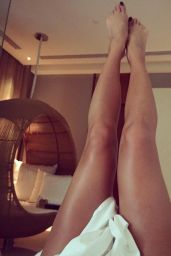 Nicole Scherzinger Social Media Pics 4/14/2017