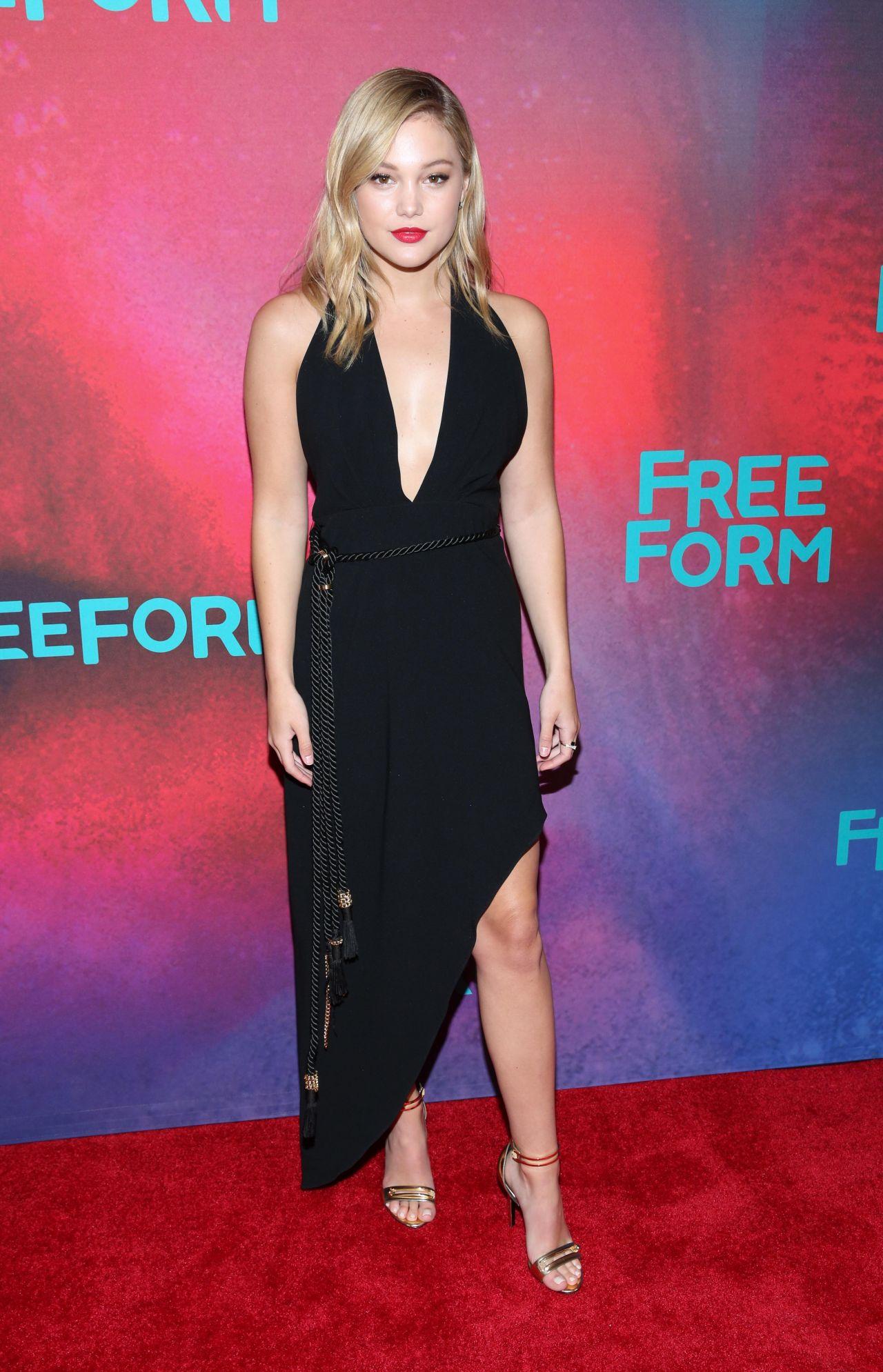 Olivia Holt 2017 Freeform Upfront In New York 4 19 2017