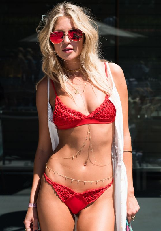 Paige Watkins - The Blonde Salad x Revolve Pool Party in Palm Springs 4/14/2017