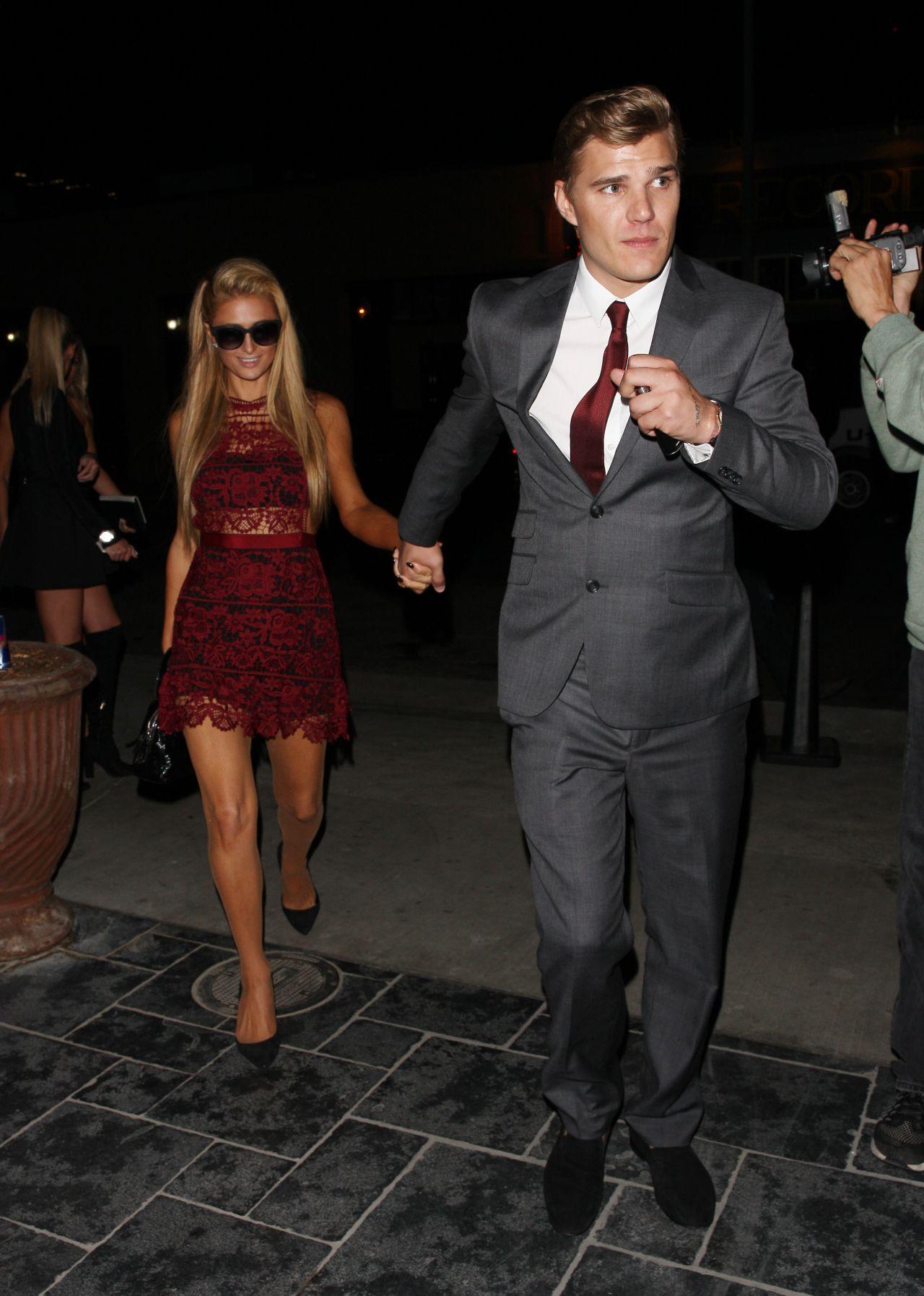 Paris Hilton and Boyfriend Chris Zylka Party at Tao Night ... пэрис хилтон