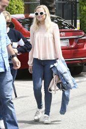 Reese Witherspoon & Ava Elizabeth Phillippe Street Style - Santa Monica 4/11/2017