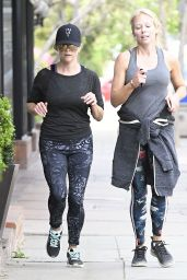 Reese Witherspoon in Spandex Out in Los Angeles 04/24/2017
