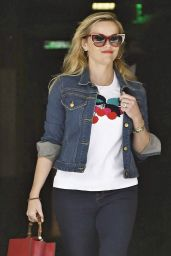 Reese Witherspoon Office Chic Outfit - Going to a Business Meeting in Beverly Hills 04/25/2017