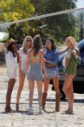 Romee Strijd, Jasmine Tookes, Alessandra Ambrosio, Josephine Skriver and Martha Hunt - Arriving at Coachella in Indio 4/14/2017