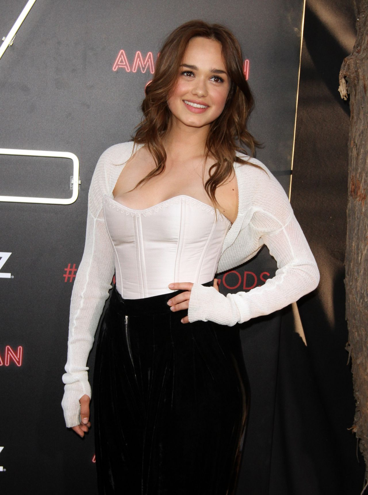 Rose Williams Quot American Gods Quot Premiere In Los Angeles 4