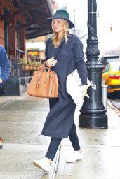 Rosie Huntington-Whiteley - Shopping in New York City 4/6/2017