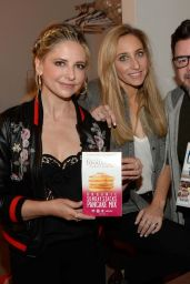 Sarah Michelle Gellar at the Harry Show in New York 4/5/2017