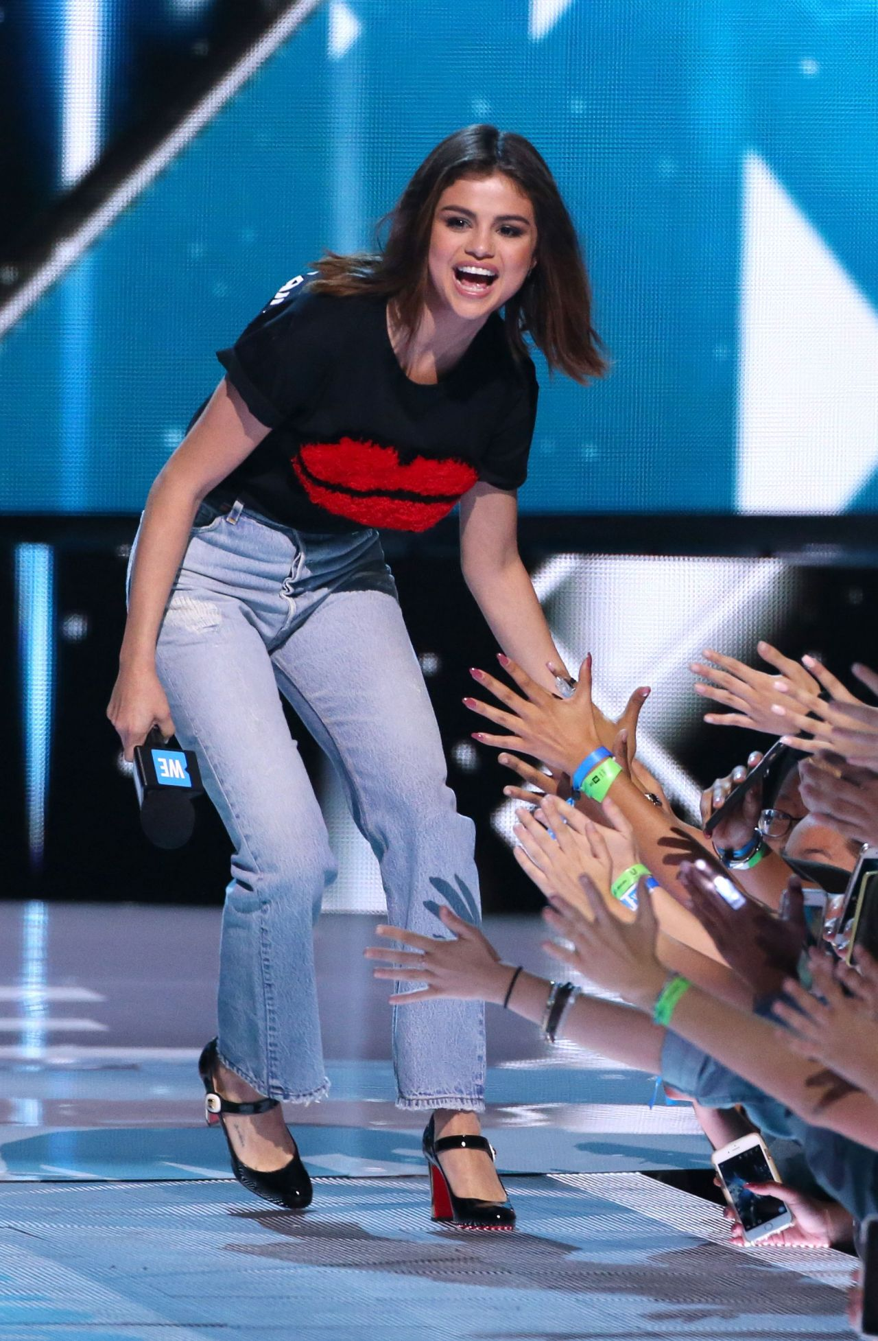 Selena Gomez on Stage at WE Day California Show in Los ...