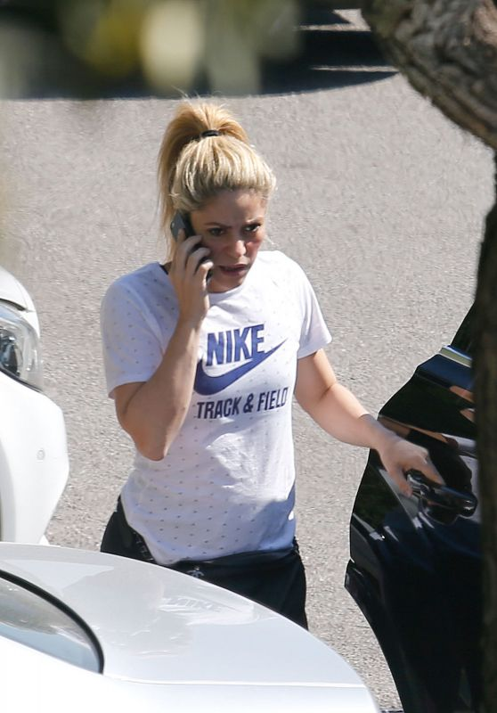 Shakira at Tennis Practise in Barcelona, Spain 04/26/2017