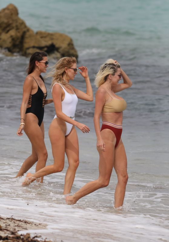 Shea Marie, Caroline Vreeland and Melody Le taking Bikini Candids - Miami 4/6/2017