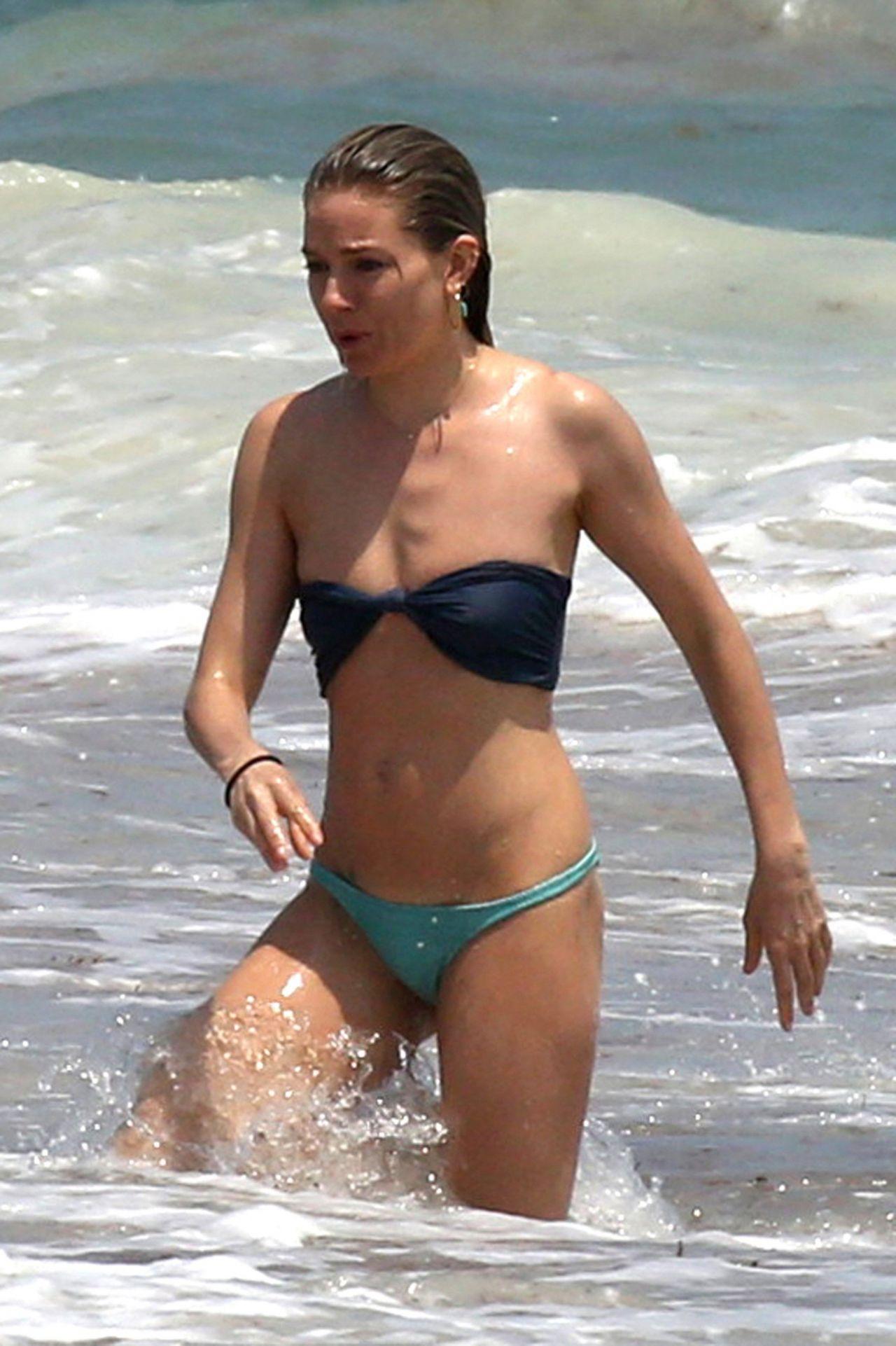 Bikini Kelsea Ballerini naked (85 photo), Pussy, Is a cute, Selfie, butt 2006