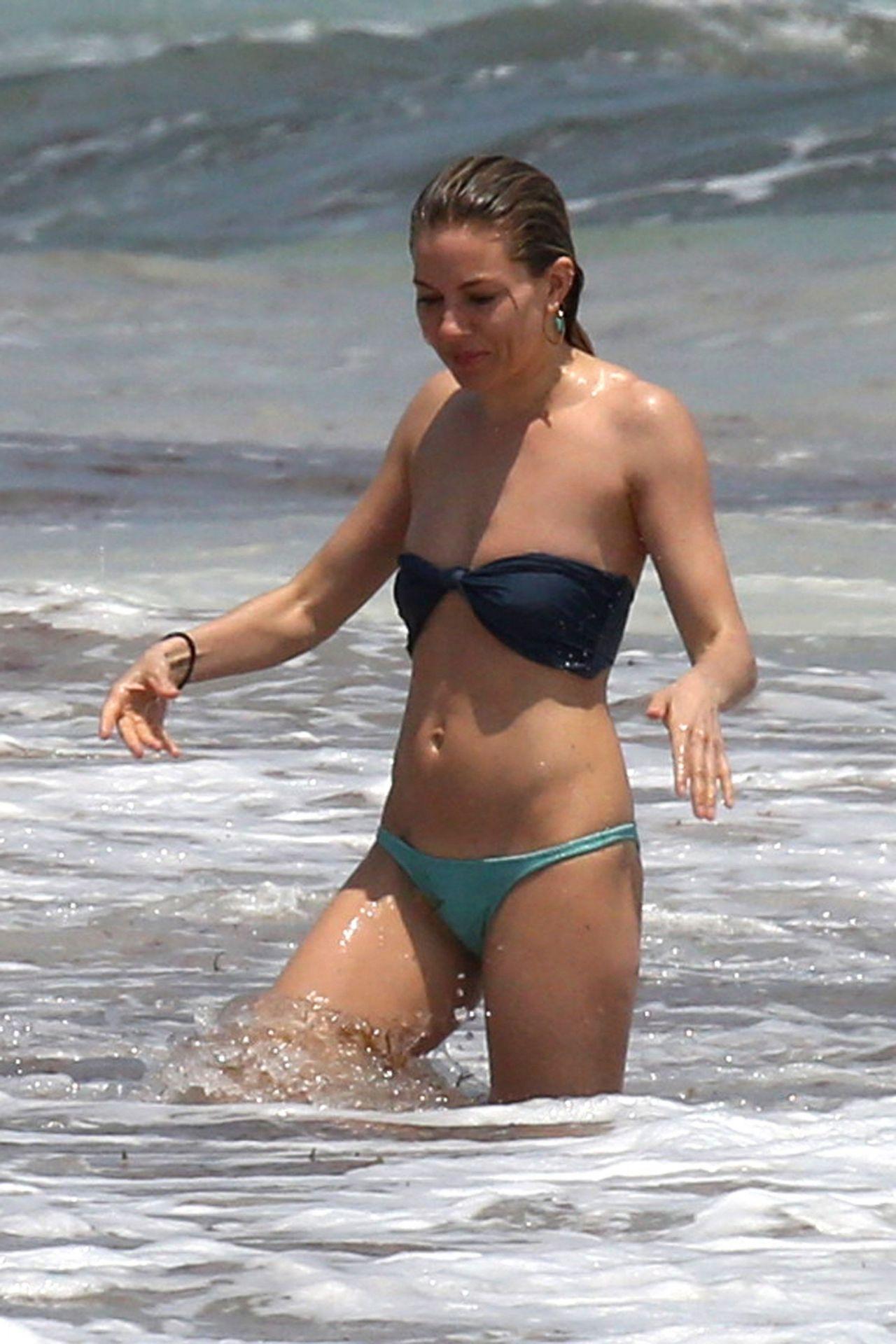 sienna miller bikini candids   beach in cancun 4 2 2017