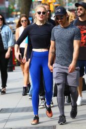 Sophie Turner Holding Hands With Joe Jonas - New York City 04/29/2017