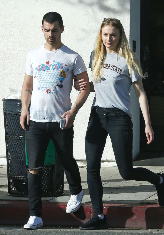 Sophie Turner Out With Joe Jonas Walking Up and Down Ventura Blvd in LA 4/2/2017