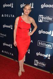 Teri Polo at GLAAD Media Awards 2017 in Los Angeles