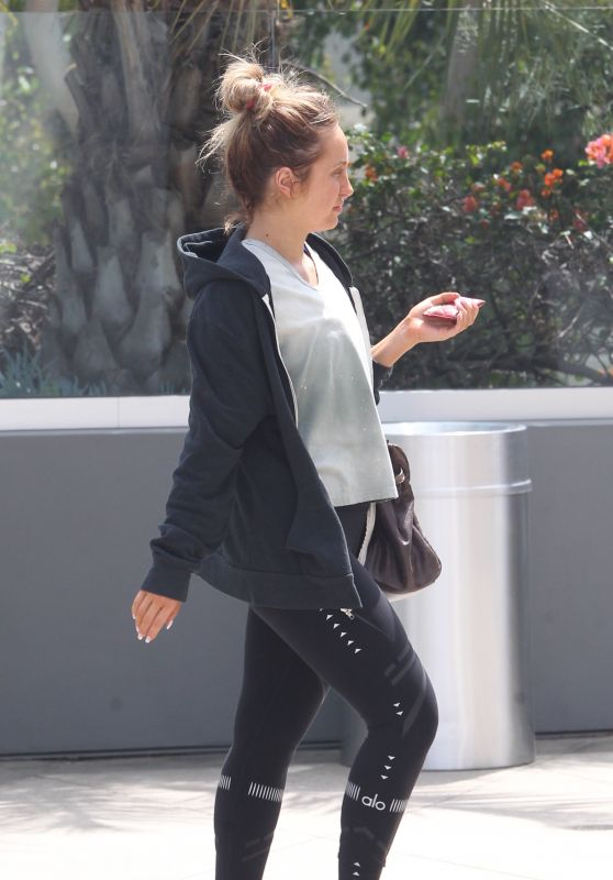 Whitney Port - Heads to the Equinox Hollywood Gym 4/7/2017