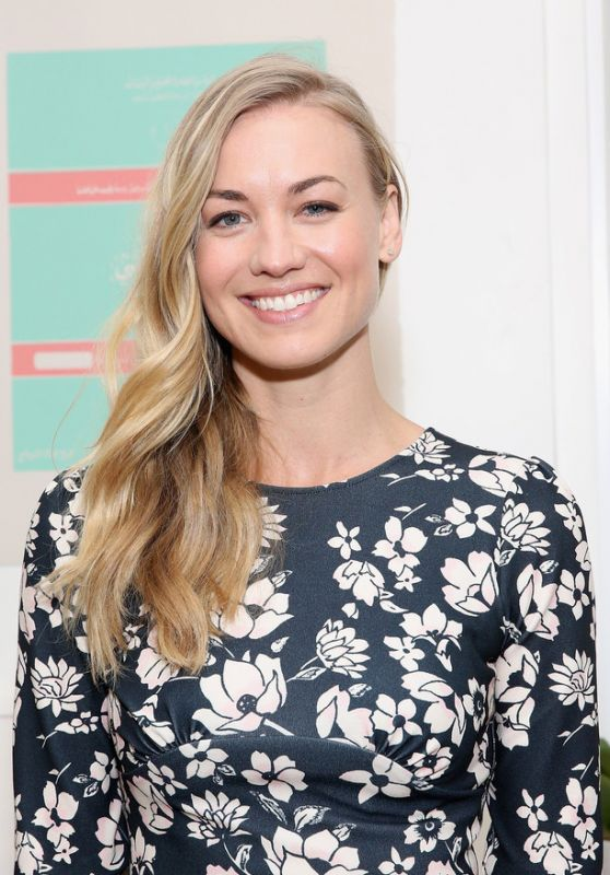 "Yvonne Strahovski - Hulu VIP Screening of ""The Handmaid"