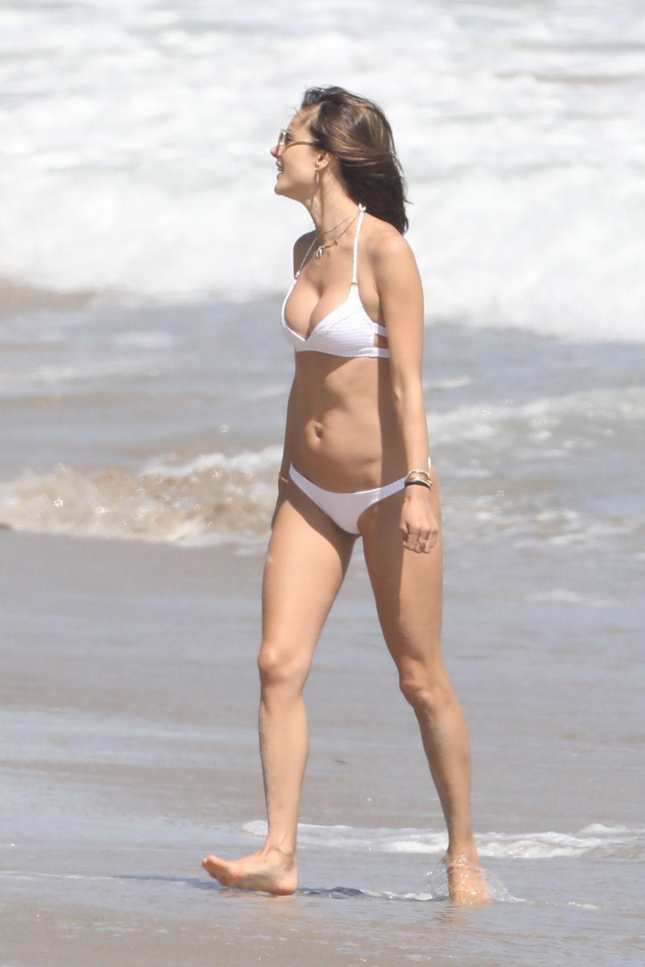 Alessandra Ambrosio Bikini Bodies Pic 31 of 35
