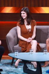 Alexandra Daddario and Kelly Rohrbach Appeared on German TV Show