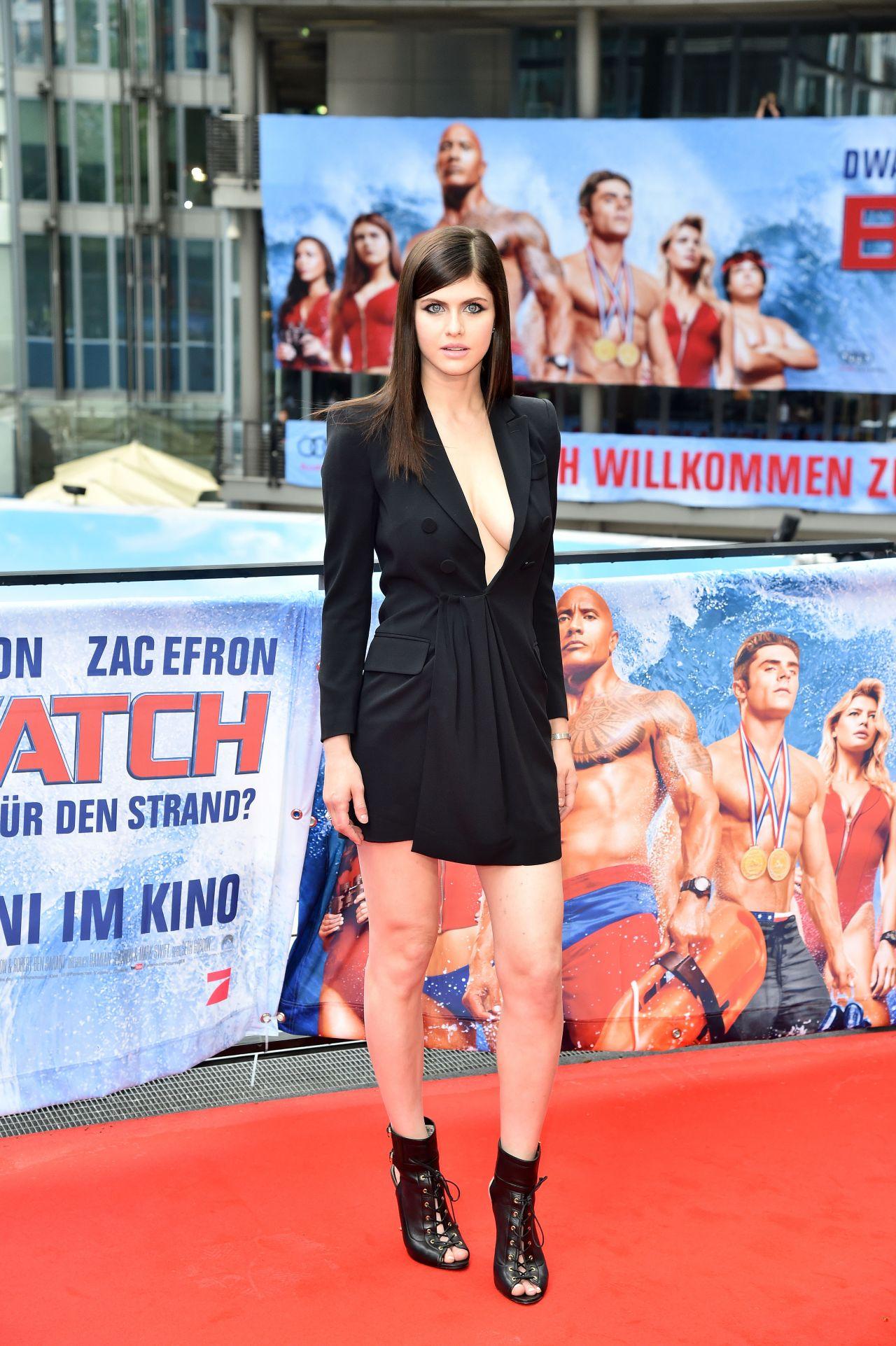 Alexandra Daddario Quot Baywatch Quot Photocall In Berlin 5 30 2017